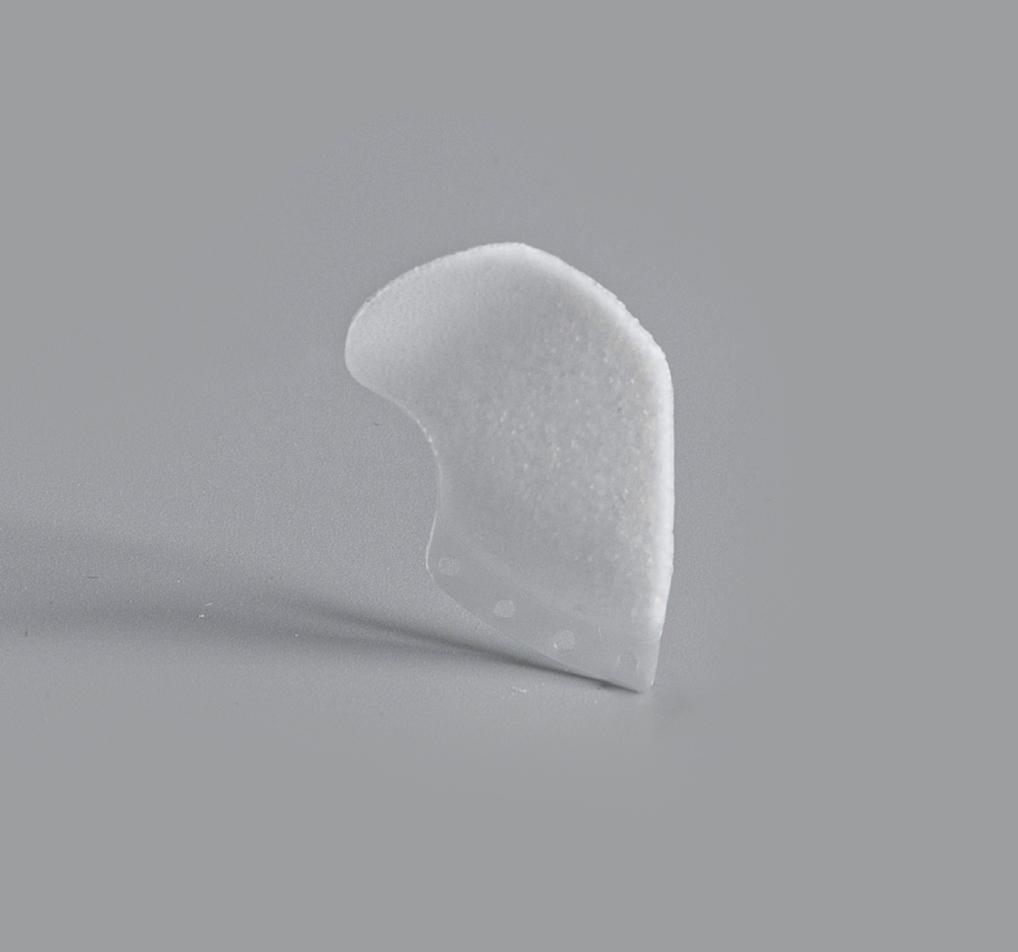 Small 3D orbital floor image su-por surgical implants